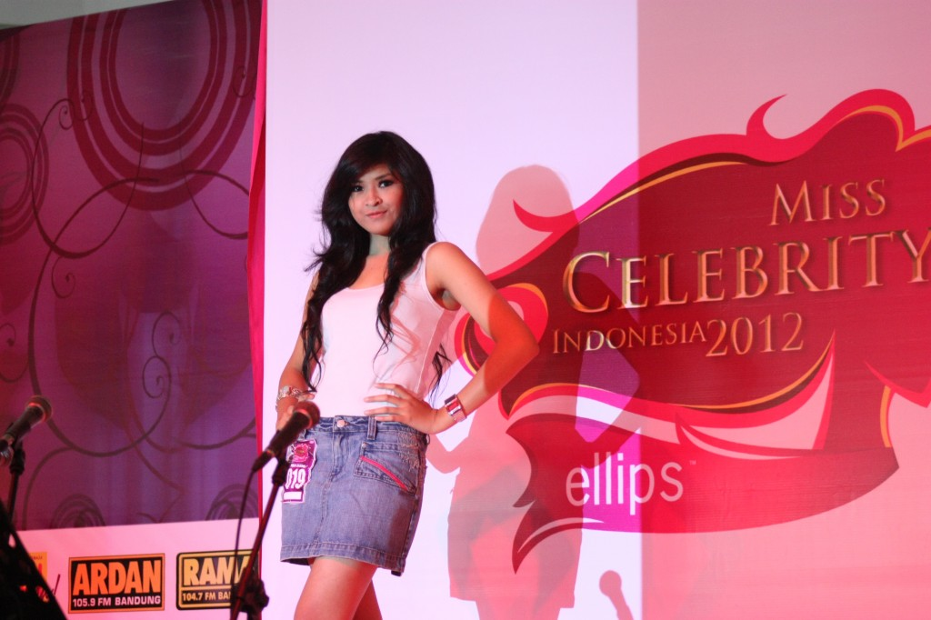 Miss Celebrity Indonesia 2011 - Wikipedia bahasa Indonesia ...