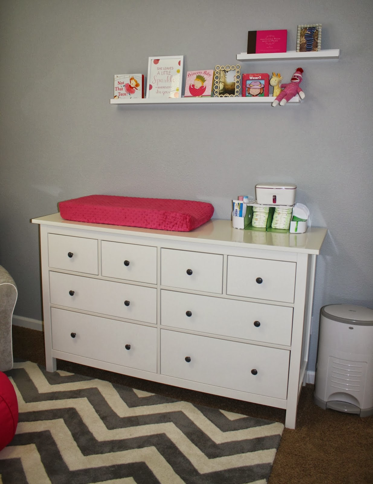 Nursery organization shoes : Nursery drawer organization