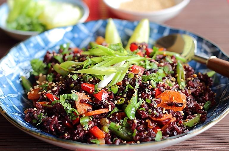 Akshayapaatram: Thai Black Rice Salad