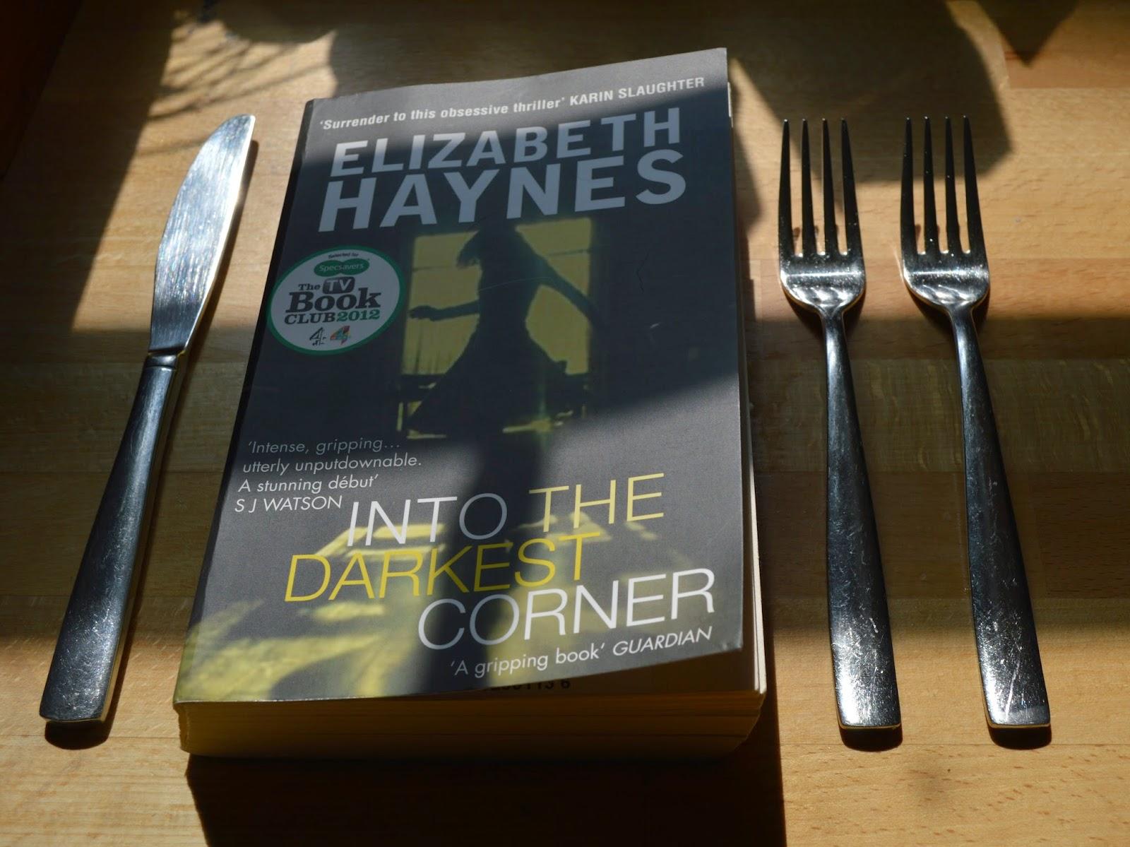 crime fiction, Into the Darkest Corner, photo, photograph, Elizabeth Haynes, paperback, review, ISBN: 9780956251572, Amazon Best Book 2011,