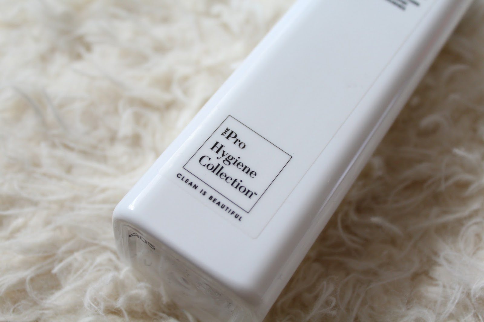 The Pro Hygiene Collection Make Up Brush Cleaner