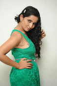 Ishika singh new hot photos-thumbnail-1