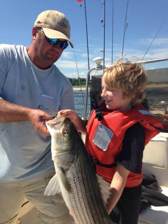 Maine striper fishing charters reports hotline 207 691 for Fishing tours near me