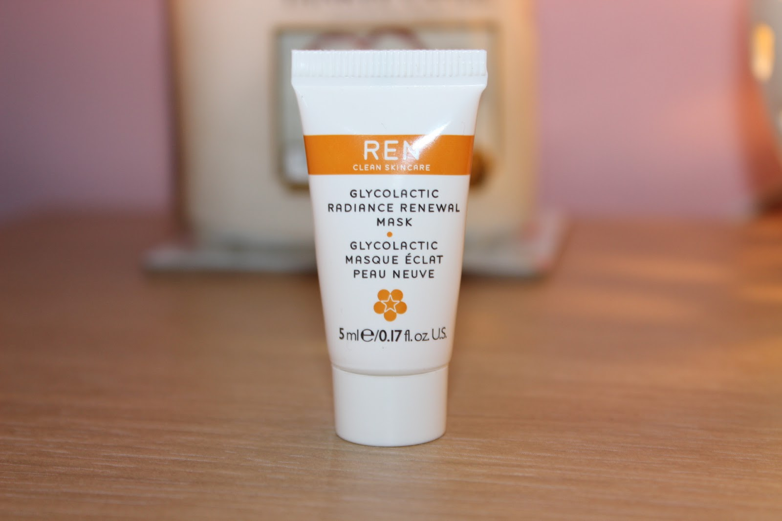 REN Glycolatic Radiance Renewal Mask