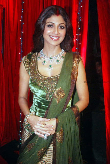 bollywood shilpa shetty in ghagra hot images