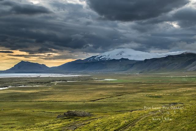 honeymoon-iceland-kirkjufell-snefellsjokull-volcano-34