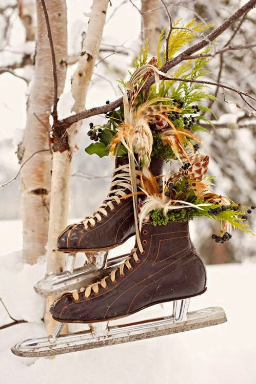 łyżwiarskie inspiracje DIY - niesamowite użycie łyżew! dekoracja z łyżew