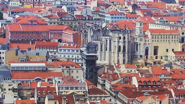 Iglesia do Carmo y Elevador de Santa Justa, Lisboa
