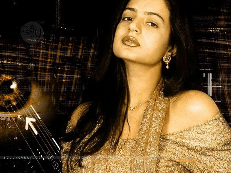 ameesha patel wallpapers - photo #36