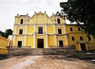Tempat Wisata Di Macau - St. Joseph's Seminary and Church