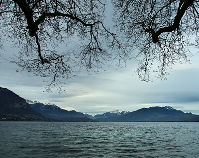 Annecy, autumn around the lake