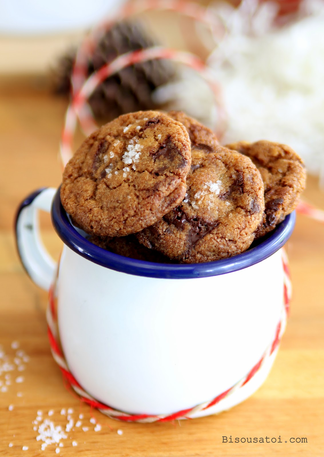 Bittersweet Chocolate Chip Cookies With Sea Salt Bisous A Toi