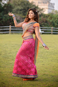 Komal Jha latest dazzling photos gallery-thumbnail-1