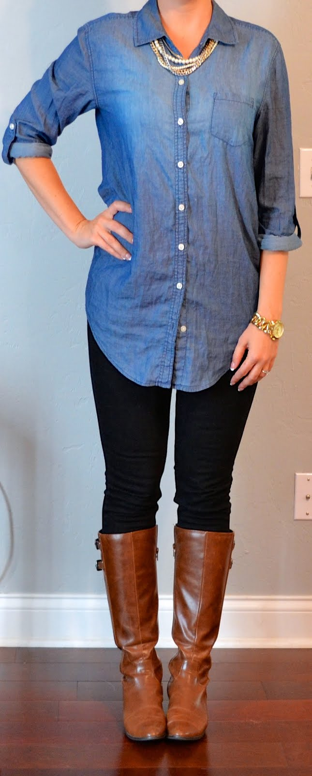 Outfit post chambray shirt black skinny jeans brown for Skinny jeans with shirt
