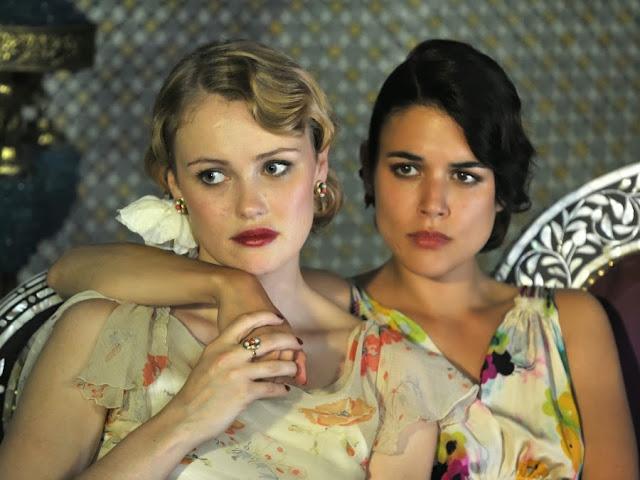 Rosalinda Fox y Sira Quiroga vestidos fiesta. El tiempo entre costuras. Capítulo 6