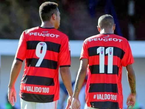 http://2.bp.blogspot.com/-dNp7jMzrBGk/UuncPSkYKBI/AAAAAAAAAY4/Ncl4rs_uqBQ/s1600/Flamengo_ataque.jpg