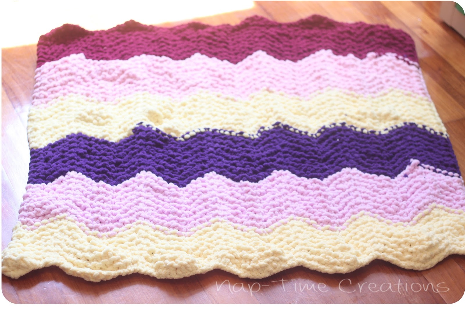 Free Knitting Pattern For Chevron Blanket : Chevron Baby Blanket {free knitting pattern} - Life Sew Savory