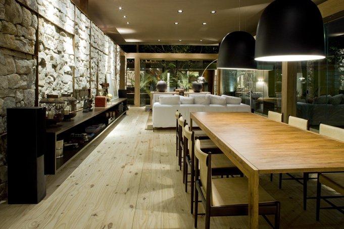 ... Loft Bauhaus bestaat grofweg uit twee delen; vóór de binnenmuur