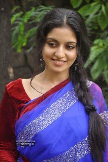 Actress-Athmiya-Stills-at-Pongadi-Neengalum-Unga-Kaadhalum-Audio-Launch