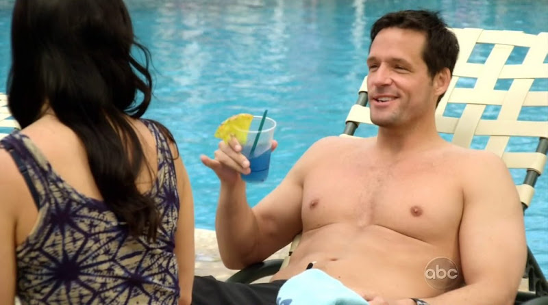 Josh Hopkins Shirtless in Cougar Town s2e22