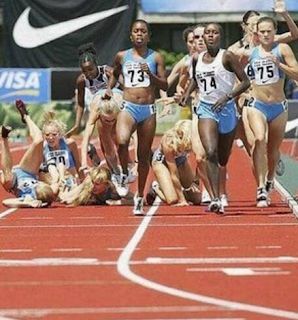 funny picture  blondes screw up athletics competition