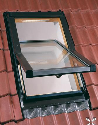 Fotos y dise os de ventanas ventana para techo for Ventanas para techos planos argentina