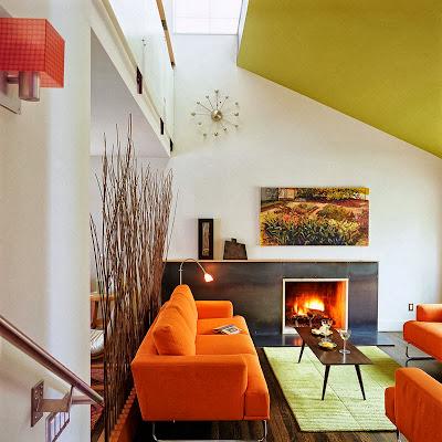 Ruang keluarga Dengan Sentuhan Warna Orange 9
