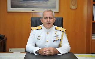 Χωρίς το εθνόσημο πλέον οι στολές των αξιωματικών