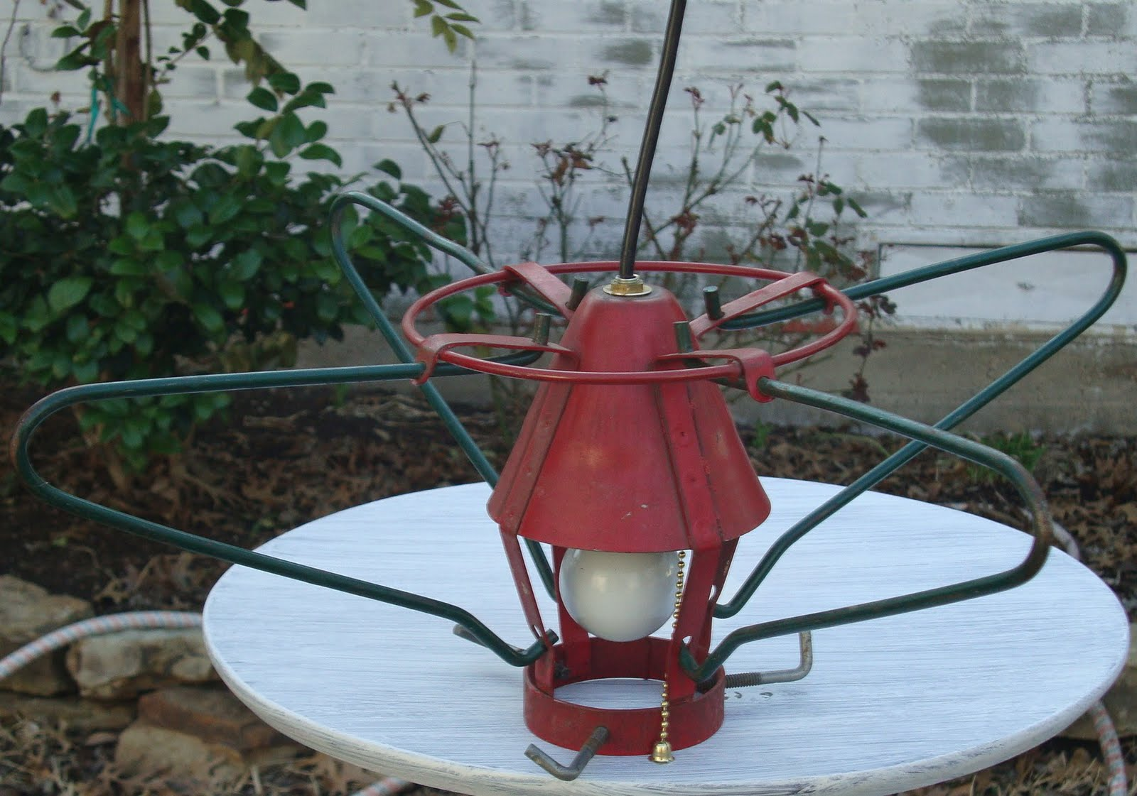 Vintage christmas tree stand lights