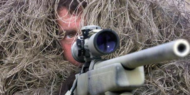 """""""Sniper"""" SAS Bunuh Algojo ISIS Dari Jarak 1.000 Meter"""