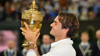TENIS-Federer vuelve al número 1 y Serena imparable