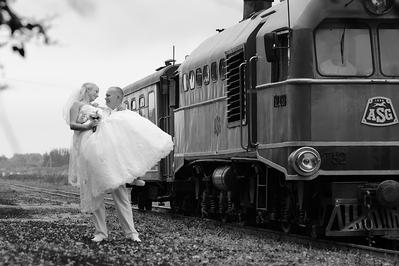 retro vestuvių fotosesija su traikiniais