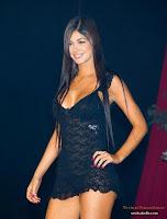 Camila Davalos en ropa interior