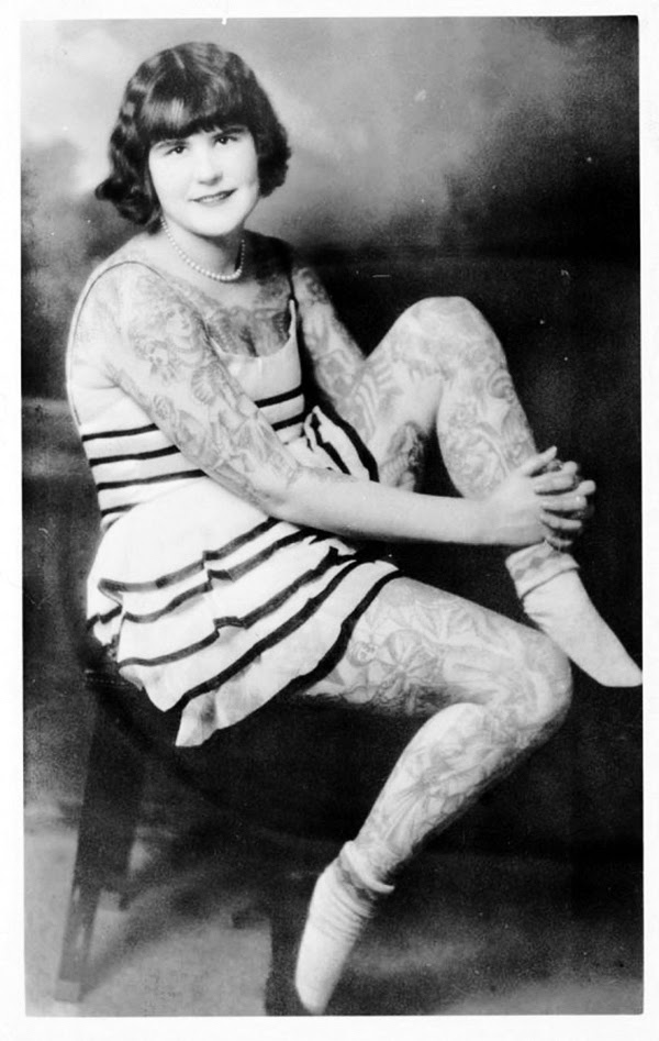 20 amazing vintage portrait photos of women with full body for Full body tattoo porn