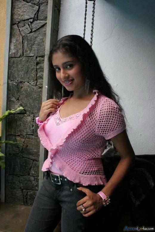 Labels: Manjula Kumari , Sri Lankan Actress Hot Photos Posted by