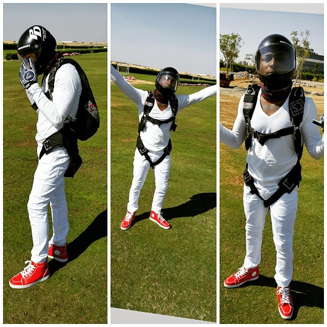 davido jumps plane
