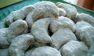 Kue Semprit Sagu Khas Kalimantan Selatan