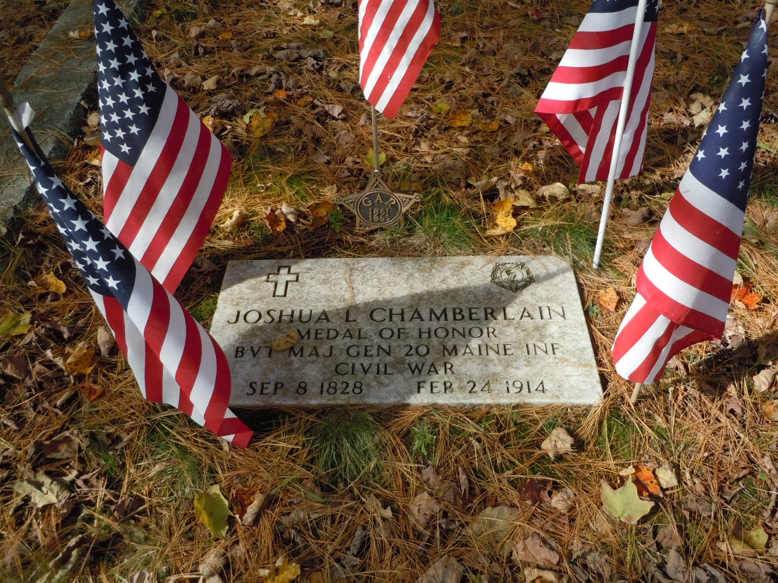 joshua l chamberlain Joshua lawrence chamberlain (born lawrence joshua chamberlain , september 8, 1828 – february 24, 1914) was an american college professor from.