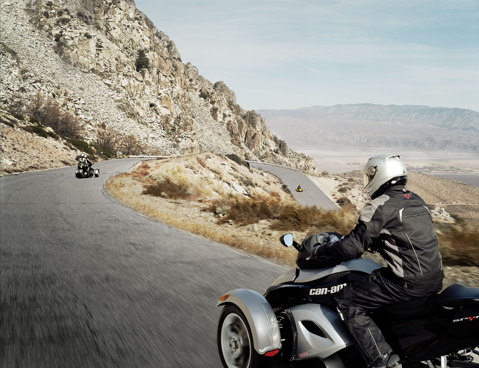 Can-Am Can-Am Spyder Roadster - Moto.ZombDrive.COM