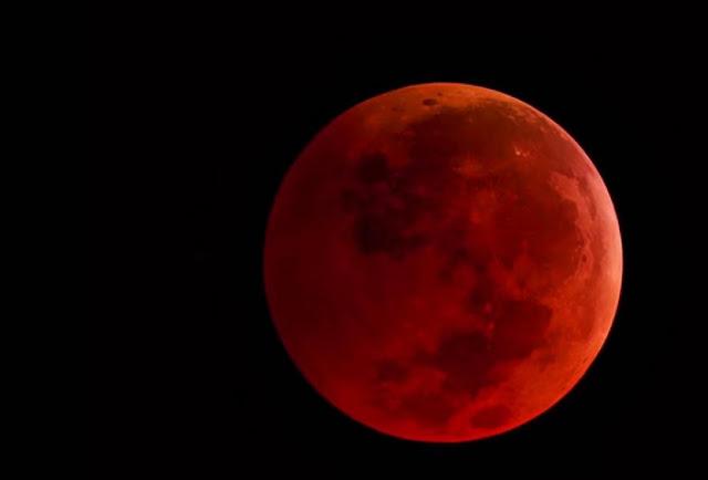 Eclipse Lunar e Superlua Juntos