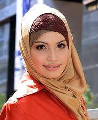 ... Nama nama bayi untuk perempuan Muslim awalan huruf D , serta artinya