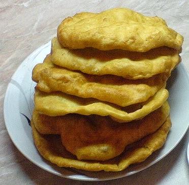 Kue Natal Langos Khas Hungaria Enak dan Lezat