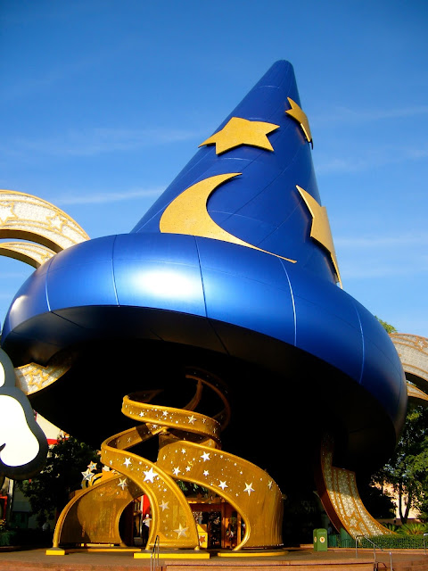 Sorcerer's Hat - Hollywood Studios, Disney World, Florida