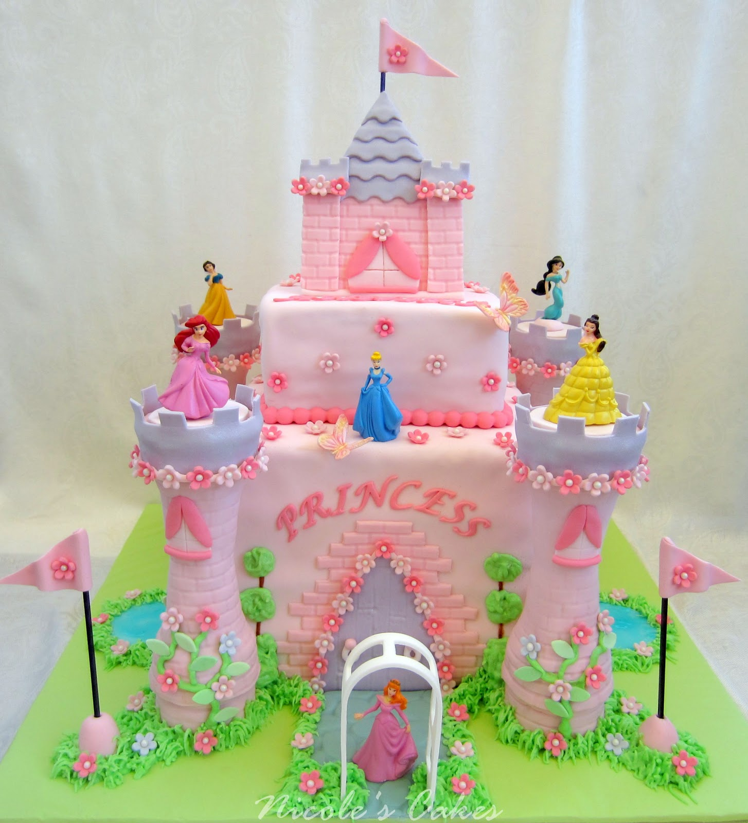 On Birthday Cakes: Princess Castle Cake