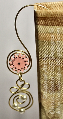 Pink Handmade Wire Bookmark