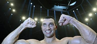 BOXEO-Klitschko sigue siendo campeón