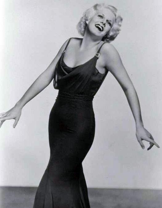 Greta garbo dress style