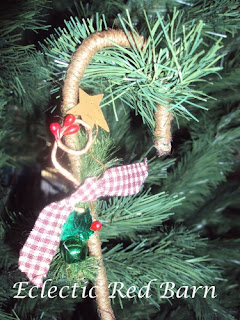 Jute wrapped pipe cleaners as candy cane ornaments