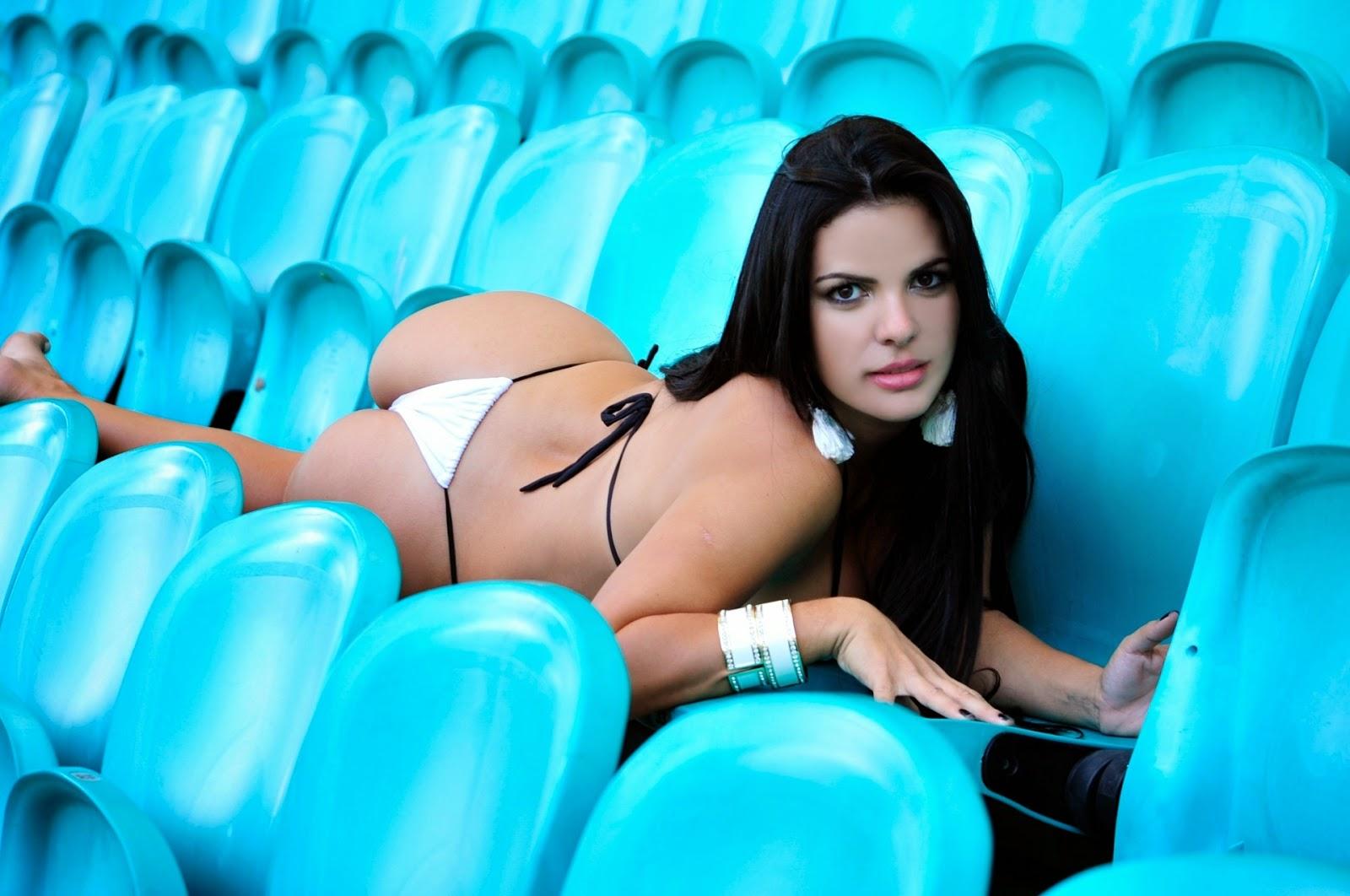 Danielle Sena é a Gata do Vasco no Belas da Torcida (2014)