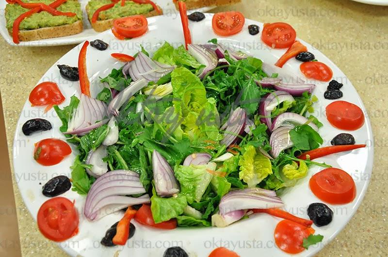 Roka Salatası Tarifi Yapımı
